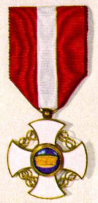 italy knighthood crown medal